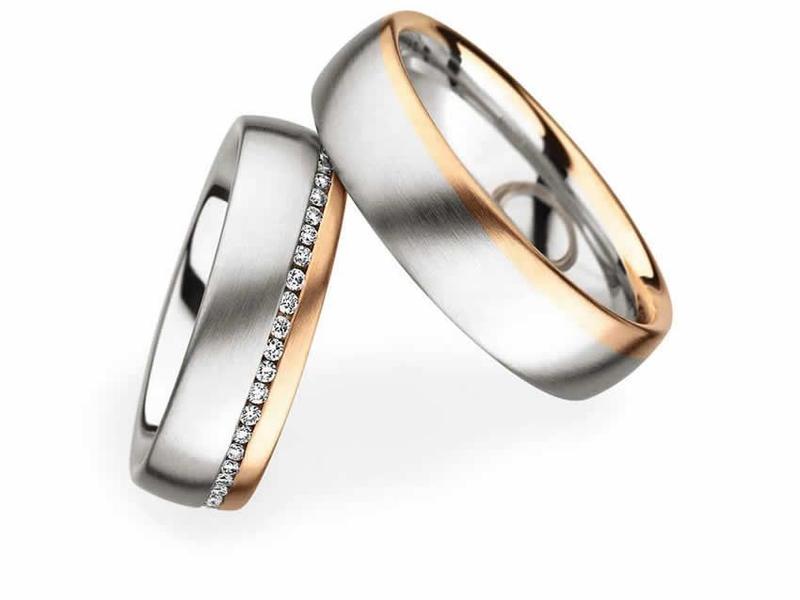Fein verarbeitetes Ringpaar in Weiß- und Roségold - Paarpreis ab 4.500,00€