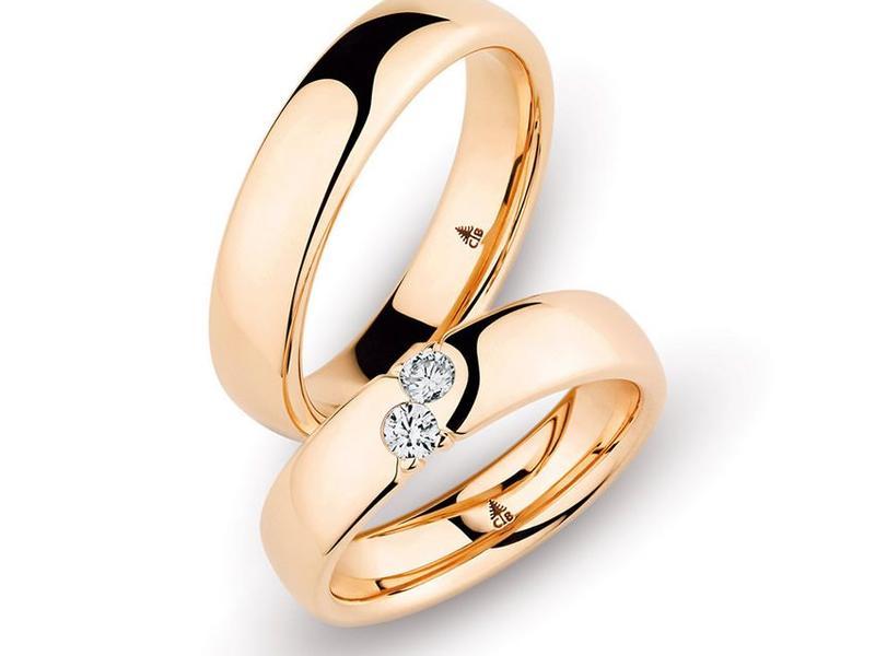Roségold Trauringe mit zwei Diamanten - ab 2.500,00€