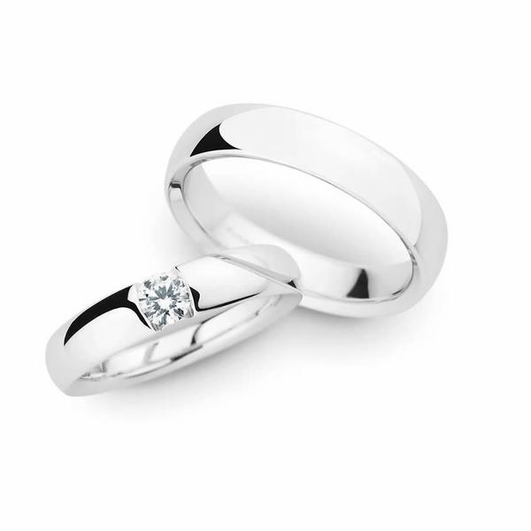 Zeitlose Eheringe aus Weißgold - Paarpreis ab 3.500,00€